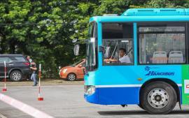 tai-xe-xe-bus-duoc-tap-huan-ky-nang-va-van-hoa-ung-xu-doi-voi-khach-hang